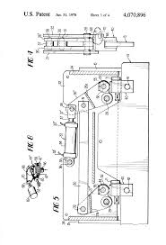 patent us4070896 press brake with improved ram leveling