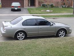 maxima nissan 2005 view of nissan maxima se photos video features and tuning of
