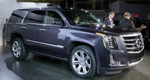 cadillac jeep 2015 battle of american luxo barges 2015 lincoln navigator vs 2015