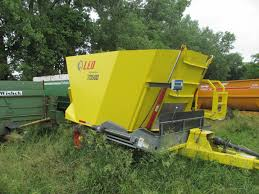 rt equipment feeder wagon vertical mixers used farm equipment