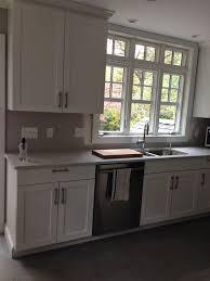 cuisine gris taupe cuisine cuisine gris taupe avec blanc couleur cuisine gris taupe