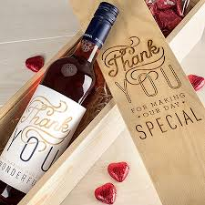 Wedding Gifts Engraved Best 25 Wedding Wine Boxes Ideas On Pinterest Diy Gifts Small
