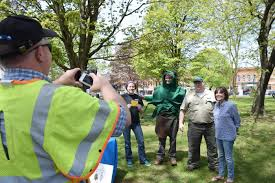 Emerald Ash Borer Map In The Losing Battle For Ash Trees Pick The Survivors Ncpr News