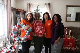 spreading holiday cheer with the home depot at the picket fence