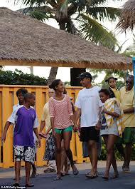 barack obama and family to spend christmas in hawaii for 8th