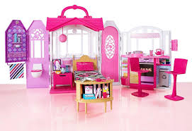 amazon com barbie glam getaway house toys games from the manufacturer