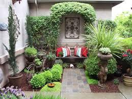 backyard courtyard designs unique 15 small courtyard decking best 25 courtyard ideas ideas on garden lighting help