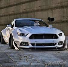 Silver Mustang Black Wheels Best 25 2015 Mustang Ideas On Pinterest Ford Mustang Gt500