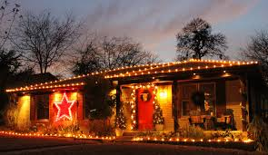 christmas light ideas for ranch style house with ranch house
