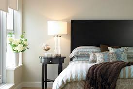 How To Make Bed How To Make A Bed Your Guests Won U0027t Want To Leave Real Simple