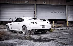 black nissan gtr wallpaper photo collection 1680x1050 white nissan gt