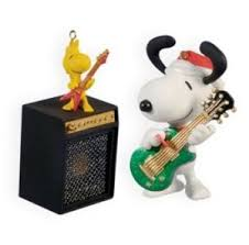 2009 rocks snoopy woodstock peanuts hallmark keepsake