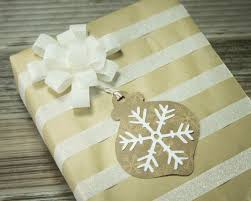 kraft paper gift tags with a touch of glitter washichick
