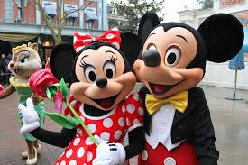 catch minnie mouse cheating mickey goofy
