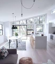 peinture blanche cuisine cuisine ouverte meubles et peinture blanche sur salon gris bon