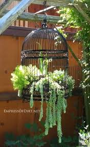 best 25 vintage garden decor ideas on vintage
