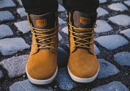 discover your city with the helly hansen stockholm boot the