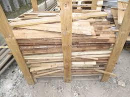 Rabbit Hutch From Pallets Pallet Of 500 Mixed Wooden Bird Box Rabbit Hutches Timber Batons