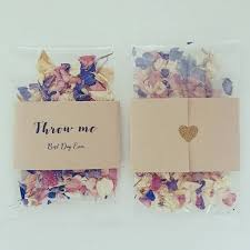 real petals pack of 10 confetti envelopes with real petals by creative and