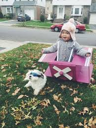 Halloween Costume Ideas For Pets 23 Dog And Kid Halloween Costumes That Will Make You Squeal Huffpost