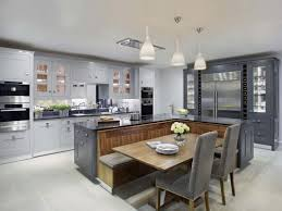 cocina con desayunador deco pinterest ideas para house and grey kitchen with contrasting medium natural wood