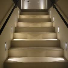 led treppe the 25 best treppenhaus beleuchtung ideas on led treppe