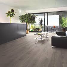 Laminate Floor Store Swiss Krono Swiss Giant Pilatus Oak 12 Mm Thick X 9 5 8 In Wide X