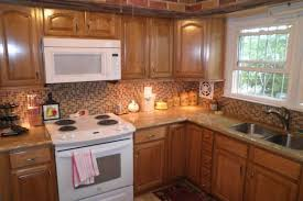 kitchens with oak cabinets and white appliances kitchen paint colors with honey oak cabinets kutskokitchen