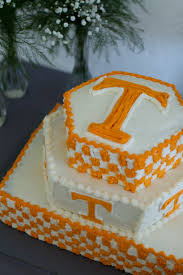 what is a groom u0027s cake 8 theme ideas for your wedding brides