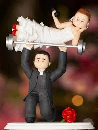 cool wedding cake toppers 17 insanely creative wedding cake toppers