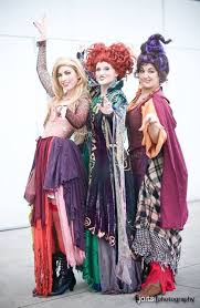 25 Sister Halloween Costumes Ideas 25 Sanderson Sisters Ideas Halloween Playlist