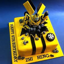 bumblebee cakes transformers cake decorating ideas bumblebee fondant cakes kl 5