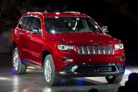 recall on 2011 jeep grand fiat chrysler recalls 700 000 suvs at risk for brake defect wsj