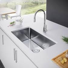 Single Undermount Kitchen Sinks by Best 25 Undermount Kitchen Sink Ideas On Pinterest Undermount