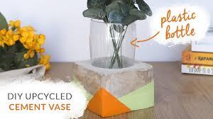 Diy Plastic Bottle Vase Diy Upcycled Cement Vase Using A Plastic Bottle Concrete Room