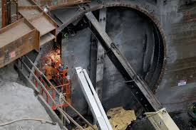 Makina by Monstrous Tunnel Boring Machine Makes History At The Lowest Point