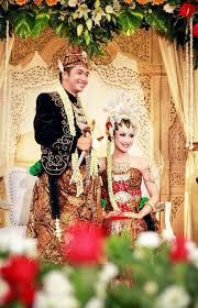 wedding dress jogja dodotan jogja basahan javanese javanese and weddings