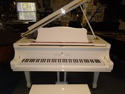 white young chang baby grand piano a thru z u0027s complete piano