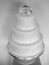 Diamond Wedding Party Decorations Crystals And Diamonds Diamond Wedding Cakes 60 Wedding
