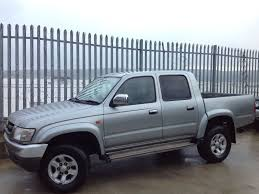2004 toyota hilux d c 2 5 d4 d invincible 4x4 manual silver in