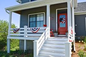 patriotic decorations on the front porch for independence day