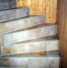 treppe fliesen kante geflieste treppen ihrhandwerker