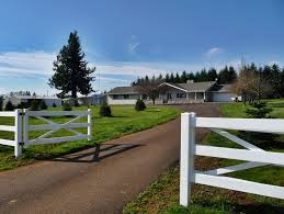 large country homes 50 000 large country acreage for sale in oregon homes with