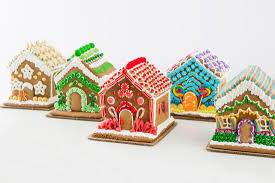 5 ways to decorate the best gingerbread house brit co
