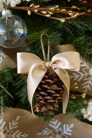 pine cone bow ornament and other tree challenge details