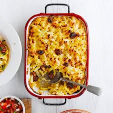 macaroni met kaas en chorizo recept jamie magazine