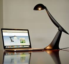 Computer Desk Light by How To Treat U0026 Prevent Computer Eye Strain Best Performance Systems