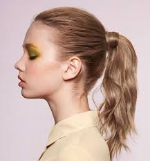 the weekends new haircut 8 hairstyle ideas for your work christmas party