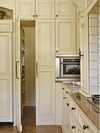Kitchen Pantry Doors Ideas 25 Best Ideas About Pantry Doors On Pinterest Kitchen Pantry
