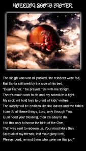 santa kneeling at the manger kneeling santa prayer inspirational holidays